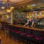 Caps Restaurant Bar
